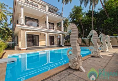 9 Bedroom Private Villa in Calangute