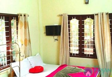 Suite Non AC Room in Kumily